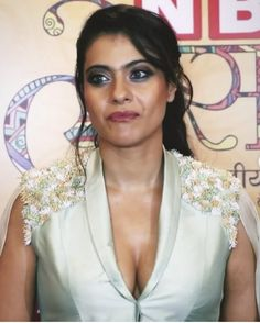 Kajol nails the power dressing in mint pant suit for the Navbharat Times Awards 2019 - HungryBoo Most Beautiful Bollywood Actress, Bollywood Actress Hot Photos, Indian Bollywood Actress, Bollywood Girls, Beautiful Actresses, Indian Actresses, Bollywood Saree, Bollywood Fashion, Kajol Saree