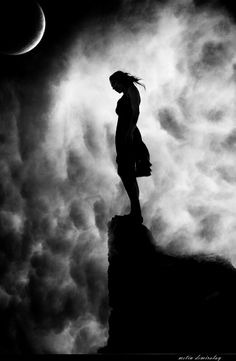 Metin Demiralay is a Turkish photographer from Istanbul that has found a passion for taking pictures and has a very talented eye for it. Virginia Woolf, Life Is Beautiful, Beautiful Places, Beautiful Moon, Foto Art, Moon Goddess, Model Mayhem, Light And Shadow, Taking Pictures