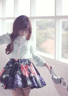 Nerd it up! Nerd Style, Hipster Style, My Style, Quirky Girl, Hipster Fashion, Geek Chic, Geek Stuff, Inspired, Floral