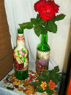 Botellas en piola y con decoupage