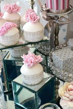 36 Totally Unique Wedding Cupcake Ideas ❤ See more: http://www.weddingforward.com/unique-wedding-cupcake-ideas/ #weddings #cakes