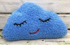 "Kissen ""Kleine Wolke""/Pillow ""Head in the Clouds"" Head In The Clouds, Coin Purse, Purses, Amigurumi, Pillows & Throws, Cuddling, Hand Crafts, Couple, Handbags"