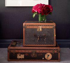 vintage luggage - sooooo cool!