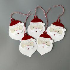 Christmas Tags Handmade, Christmas Favors, Handmade Gift Tags, Holiday Gift Tags, Christmas Gift Wrapping, Christmas Paper, Christmas Crafts, Christmas Decorations, Diy Gift Tags