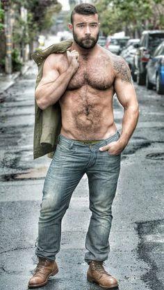 Hairy stud leather hunk like it bare