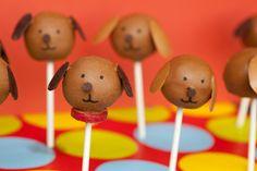 Puppy Cake Pops by chewoutloud #Cake_Pops #Puppy #chewoutloud