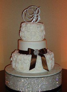Buttercream wedding cake with buttercream roses