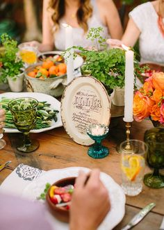 Summer backyard wedding dinner party | photo by Danielle Capito Photography | 100 Layer Cake