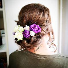 """20 kedvelés, 2 hozzászólás – Szabó Éva Fodrász (@szaboeva.hair) Instagram-hozzászólása: """"👰Mai szépséges menyasszonyi frizura👰 💗Sok Boldogságot kívánok!💗 _________________________________ .…"""" Orchids, Short Hair Styles, Crown, Instagram, Fashion, Bob Styles, Moda, Corona, Fashion Styles"""