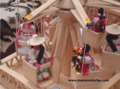 Among the Mexican Folk Art that you can find in Pátzcuaro and the surrounding area, you can find toys.