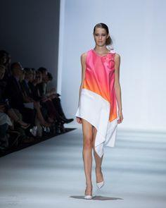 Yousef Akbar Spring / Summer 2015 Mercedes Benz Fashion Week Australia #Fashion #Fashionweek #summer #drape #theinnovators #womenswear