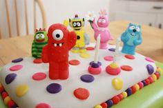 yo gabba gabba cake, rainbow cake inside