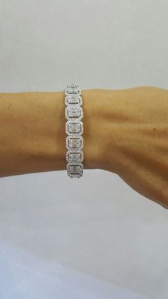 Illusions emerald diamonds bracelet