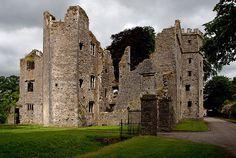 Castles of Munster: Mallow, Cork, Ireland Built in 1598