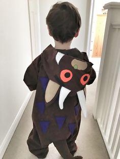 Gruffalo onesie costume World Book Day Costumes, Book Week Costume, Onesie Costumes, Diy Costumes, Homemade Halloween Costumes, Halloween Kostüm, Gruffalo Costume, World Book Day Ideas, Last Minute Costumes