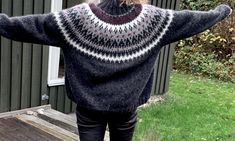Hjertesagen - min julesweater - FiftyFabulous Knitting Videos, Mini Me, Hygge, Knitted Fabric, Arts And Crafts, Turtle Neck, Pullover, Sewing, Crochet