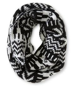I want this scarf!