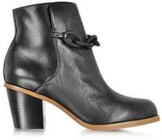 メゾンマルタンマルジェラ アンクルブーツ / Black Leather Ankle Boot w/Chain on ShopStyle