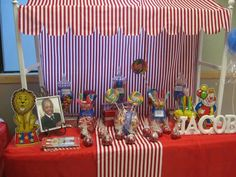 Circus candy buffet