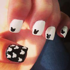 Disney nails !