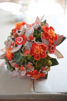 Et voilà un nouveau bouquet entièrement fait main à voir sur http://machinchoz.canalblog.com/