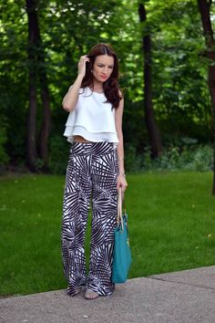 Zara Black And White Jungle Print Palazzo Pants by My Silk Fairytale Summer Fashion For Teens, Summer Fashion Trends, Nyc Fashion, Summer Fashion Outfits, Summer Trends, Fashion Pants, Fashion Styles, Black Palazzo Pants, Printed Palazzo Pants