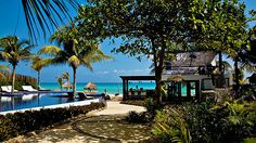 Le Rêve Hotel & Spa - Step into palm-laden paradise in Playa del Carmen.