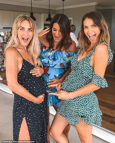 Cobie Frost celebrates her baby shower with fellow Bachelor stars Cute Maternity Outfits, Stylish Maternity, Pregnancy Outfits, Pregnancy Photos, Cute Outfits, Summer Maternity Fashion, Baby Pregnancy, 3. Trimester, Pretty Pregnant