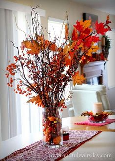 Fall centerpiece - 28 Autumn Home Decor To Inspire Today – Fall centerpiece Deco Buffet, Autumn Interior, Thanksgiving Centerpieces, Fall Table Centerpieces, Easter Centerpiece, Easter Decor, Autumn Table, Fall Arrangements, Deco Floral