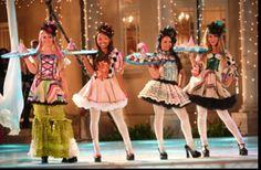 Love the bratz clown costumes! :) so cute and fun