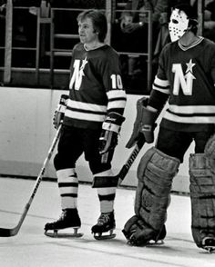 Glen Sather & Cesare Maniago 1975 Women's Hockey, Hockey Games, Minnesota North Stars, Goalie Mask, Football Memes, Vancouver Canucks, National Hockey League, Montreal Canadiens, Sports Pictures