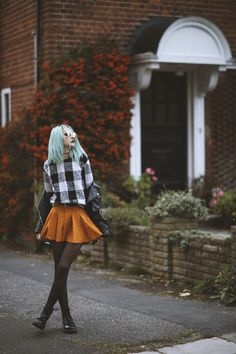 FALL IN LONDON | Vintageena#fashionblogger #fashion #falloutfits #outfit #ootd #vintageena #fblogger #grunge #edgy #drmartens #whattowearthisfall #fall2015 #fallfashion