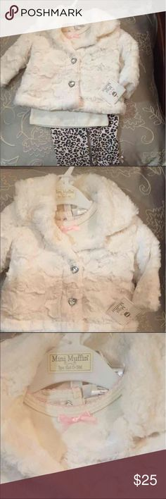 NWT Mini Muffin set baby girl 3mos NWT Adorable Mini Muffin 3pc set includes super soft jacket, Top and bottoms  #mudpie#gerber#gymboree#carters#baby gap Mud Pie Jackets & Coats