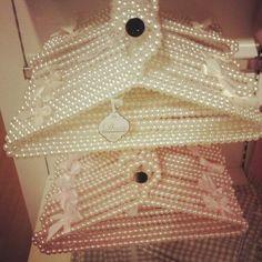 Pearls Hangers
