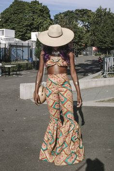 Natalie Keyssar captures the vitality of Afropunk's style, just as the Brooklyn festival hits its stride. African Inspired Fashion, African Print Fashion, African Prints, Black Festival Outfit, Afro Punk Fashion, Fashion Show, Fashion Outfits, Spring Fashion, Fashion Ideas