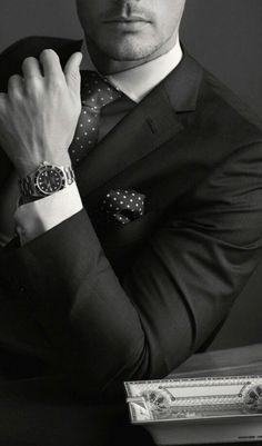 Black Suits, Black Men, Estilo Cool, Daddy Aesthetic, Look Man, Elegant Man, Men Photography, Boys Dpz, Suit Vest