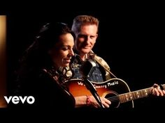 Joey + Rory Share Heart-Wrenching Photo, Ask For Our Prayers | Country Rebel