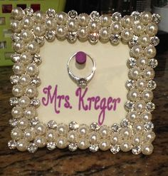 Do-It-Yourself Drew: Make a cute engagement gift!