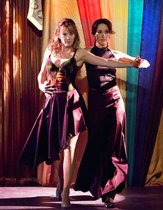 """The L Word - Season 6 - """"Last Couple Standing"""" - Laurel Holloman as Tina and Jennifer Beals as Bette - photo by Paul Michaud/Showtime"""