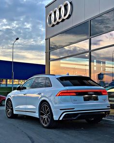 Best Luxury Cars, Luxury Suv, Audi Rs7 Sportback, A3 8p, Audi A7, Car Goals, All Cars, Car Brands, Exotic Cars