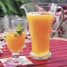 Governors Mansion Summer Peach Tea Punch Recipe