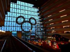 Disney's Contemporary Resort - Check-In Florida Disney World Fl, Disney Parks, Disney 2017, Disney Bound, Disney Disney, Park Resorts, Beach Resorts, Disney Dream, Disney Magic