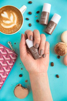 Fresh blooms and statement rings the perfect accessories to my le mini macarons gel polish is a do it yourself gel manicure at home a glossy salon quality gel manicure in just 15 minutes the 3 in 1 formula combines solutioingenieria Images