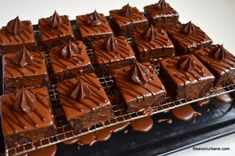 Romanian Desserts, Romanian Food, Sweets Recipes, Cooking Recipes, Good Food, Yummy Food, Almond Cakes, Lidl, Beautiful Cakes