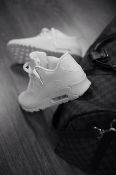 I'm not really a big fan of Nike Air Max's but I'm loving these all white ones on guys