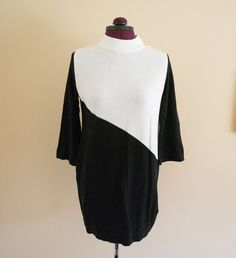 SALE! H Mod Black and White Color Block Sweater Dress Tunic Small $5.00