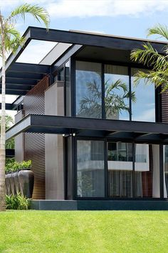 Stunning Modern House Design 10 Stunning Modern House Design Mogumoguni: Stunning Modern House Design Related Amazing Apartment Design Collections You Have To KnowI think. Modern Minimalist House, Minimalist Architecture, Modern Architecture House, Architecture Design, Residential Architecture, Minimalist Interior, Minimalist Bedroom, Modern House Facades, Modern House Plans