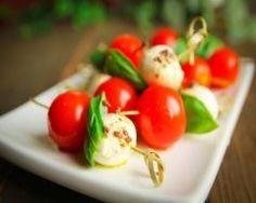 brochette de tomate cerise et mozzarella au basilic
