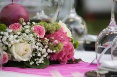 Centrotavola bianco e rosa per le nozze