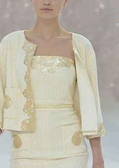 3f2ec659033 Υψηλή Μόδα, Γυναίκες Στη Μόδα, Chanel Couture, Σαμπάνια, Βραδινά Φορέματα,  Επίδειξη